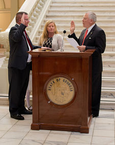 don_thompson_swearing_in